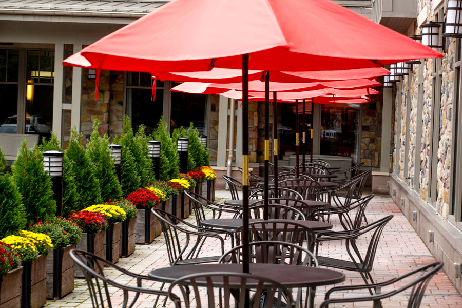 Patio at Waterstone at Wellesley